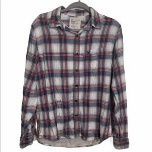 American Eagle Pink Plaid Flannel Button down med